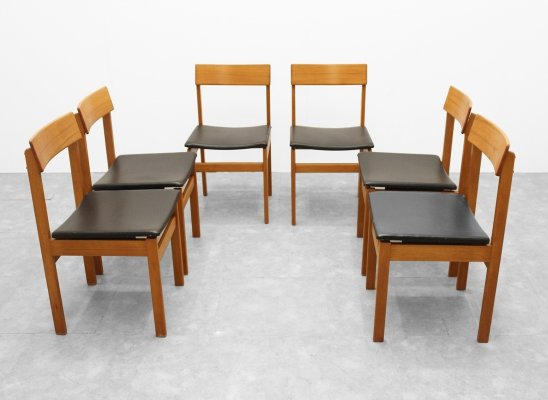 Set of 6 chairs in walnut by Van den Berghe Pauvers