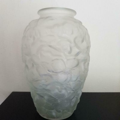 Dogwood Frosted vase by Joseph Inwald for Barolac, Czechoslovakia 1930s