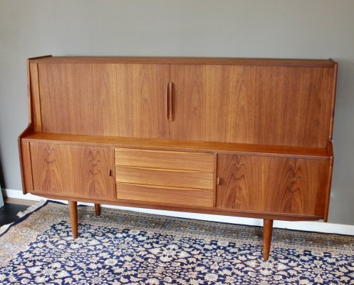 Vintage teak Scandinavian highboard / sideboard by Sven Aage Larsen for Faarup