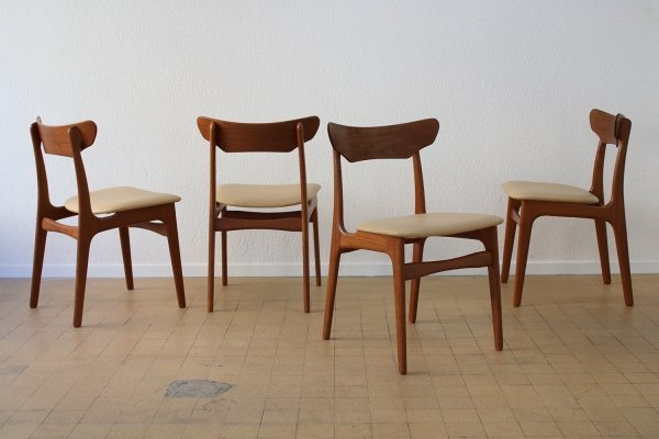 Set of 4 chairs by Schionning & Elgaard