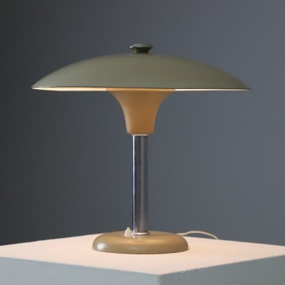 Early Max Schumacher 'Schröder 2000' table lamp for MWS, 1930s
