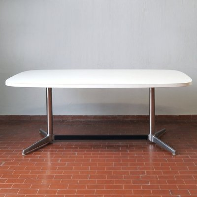 Large dining table by Giancarlo Piretti for Anonima Castelli, 1970s