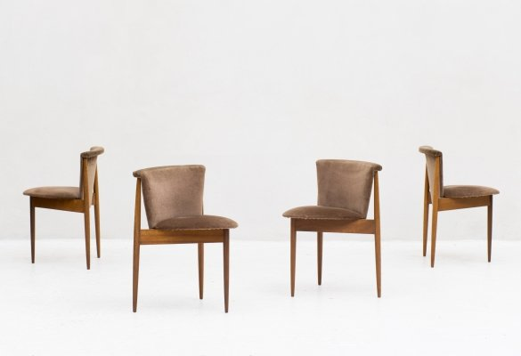 Set of 4 tripod dining chairs by Greaves & Thomas, United Kingdom 1960