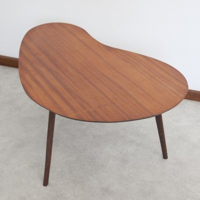 Kidney table in teak with 3 wenge legs & glass top plate