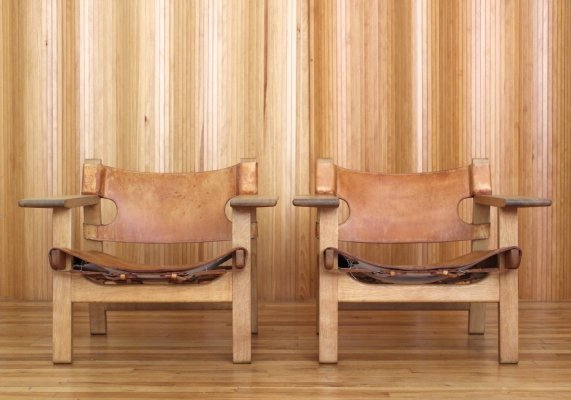 Pair of Borge Mogensen model 226 'Spanish' chairs for Fredericia Stolefabrik