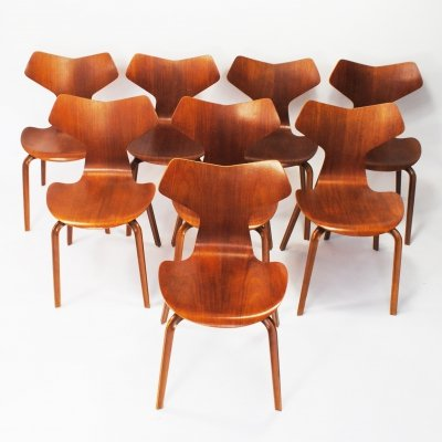 Set of 8 4130 (Grand Prix) dining chairs by Arne Jacobsen for Fritz Hansen, 1960s