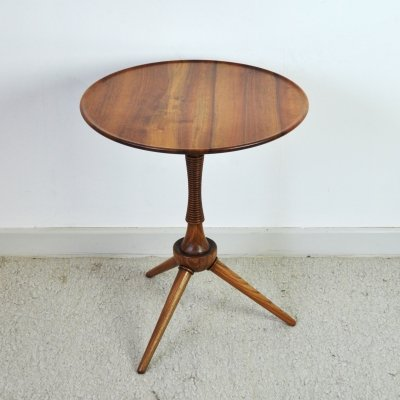 Side table in solid mahogany by cabinetmaker Frits Henningsen, 1940s