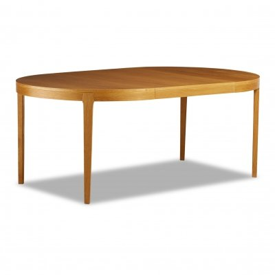 Vintage Scandinavian design extendable round oak dining table