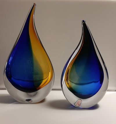 Handmade Drop crystal blue/amber colored glass objects by Ozzaro, 1980s