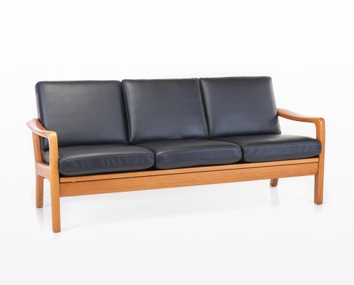 Black leather sofa / daybed by Juul Kristensen