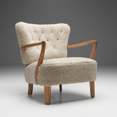 Floating Easy Chair by Swedish Cabinetmaker, Sweden 1940s