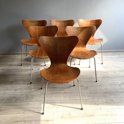 Set of 6 model 3107 dining chairs by Arne Jacobsen for Fritz Hansen, 1950s
