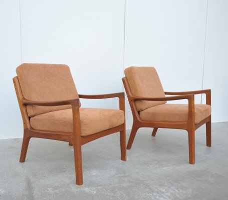 Pair of Senator lounge chairs by Ole Wanscher for Cado, 1960s