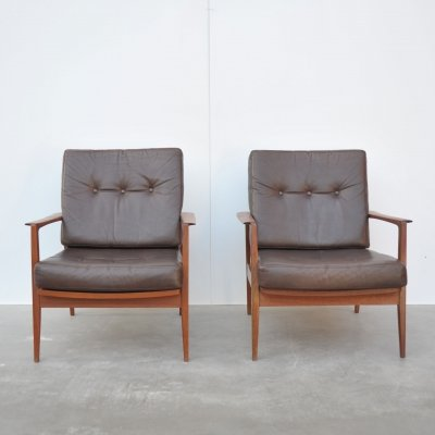 Pair of Knoll Antimott lounge chairs, 1960s