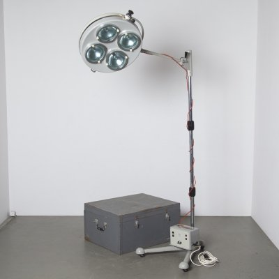 Sofia Varimex L-10 Mobile Field Operating Lamp, 1950s