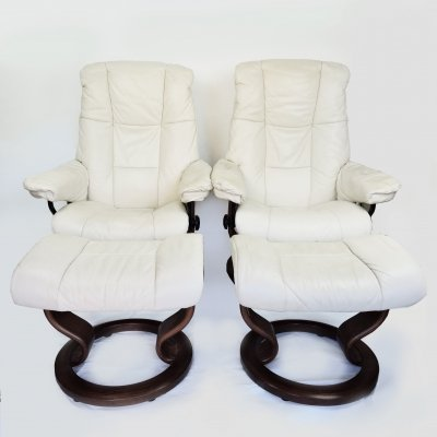 Pair of Norwegian Model Consul Stressless Armchairs from Ekornes, 1980s