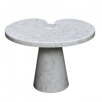 Mangiarotti 'Eros' side table in carrara marble for Skipper, Italy circa 1970