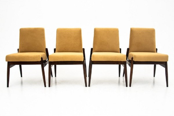 Set of 4 Armchairs 300 - 227 by Zamojskie Fabryki Mebli, Poland 1960s