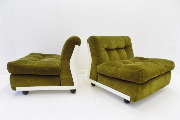 Set of 2 reed green 'Amanta' lounge chairs by Mario Bellini for B&B Italia
