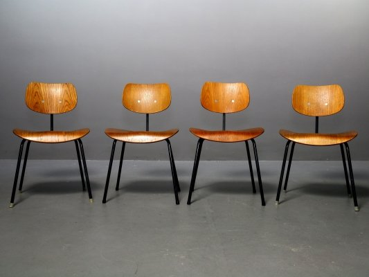 Set of 4 oak SE 68 Chairs by Egon Eiermann for Wilde+Spieth, 1960s