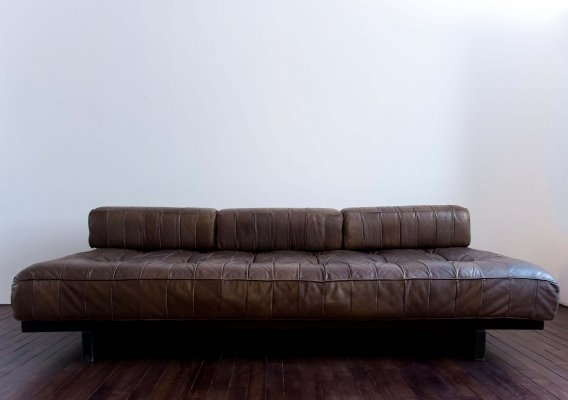 De Sede Day Bed DS-80 in chocolate brown leather