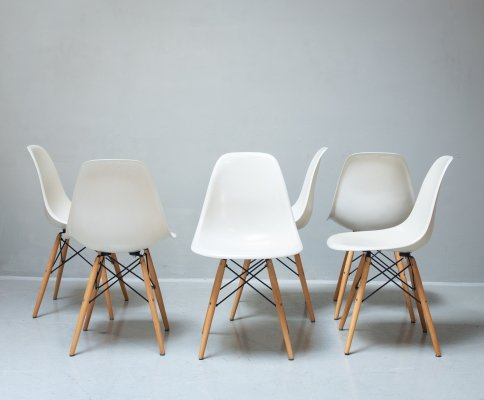 Set of 6 dining chairs by Charles & Ray Eames for Herman Miller, 1970s