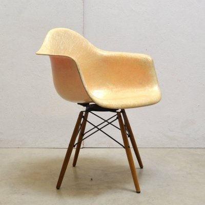 1st Edition Rope Edge Armchair on Seng Base by Charles Eames for Zenith Plastics