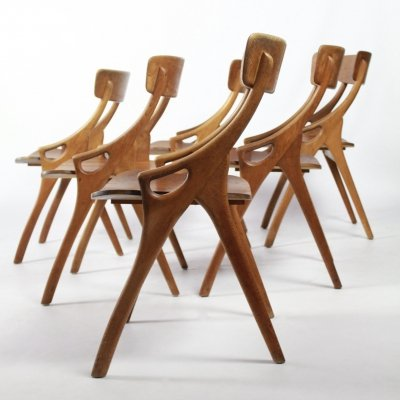 Set of 6 dining chairs by Arne Hovmand Olsen for Mogens Kold