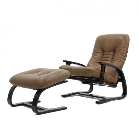 Arnt Lande for Westnofa leather 'The Panter' armchair with ottoman, 1970s
