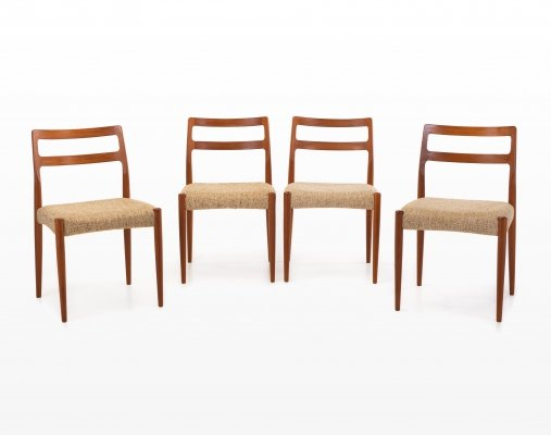 Set of 4 Anne dining chairs by Johannes Andersen for Uldum Møbelfabrik, 1960s