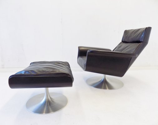 Kaufeld Siesta 62 black leather armchair with ottoman by Jacques Brule