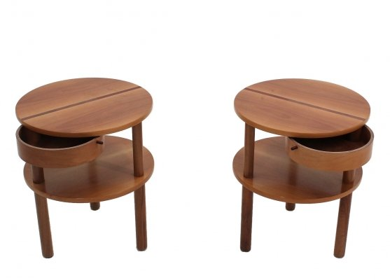 Pair of Vintage cherry wood nightstands by Bepi Fiori for Bernini, 1980s