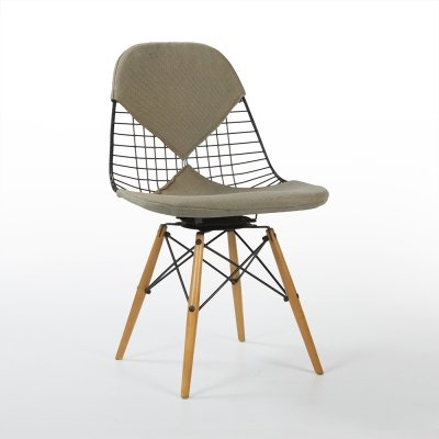 Beige Upholstered Herman Miller Original Vintage Eames PKW-2 Wire Swivel Chair