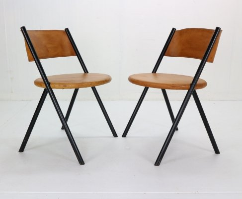 Mid-Century Modern set of 2 Cognac Leather Chairs, Italy 1970s