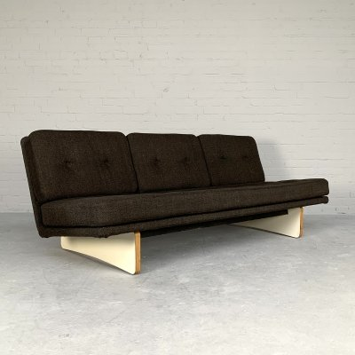 3-Seater sofa model 671 by Kho Liang Ie for Artifort, Netherlands 1965