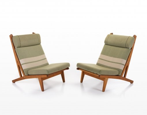 Pair of GE 375 lounge chairs by Hans Wegner for Getama, 1970s
