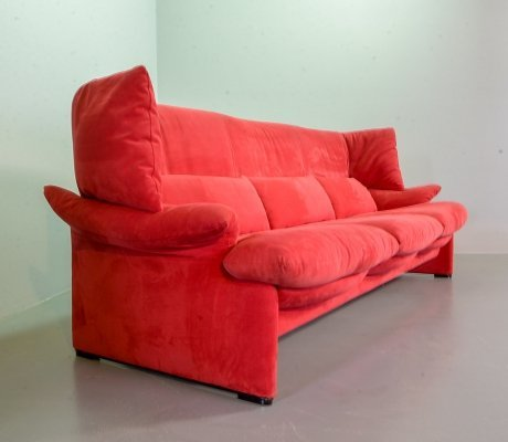 Cassina 3-Seat Sofa 'Portovenere' by Vico Magistretti in Cherry Red Soft Fabric