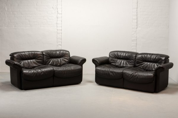 Mid Century Design Blackish Brown Leather Two-Seat Sofas by De Sede, 1970s