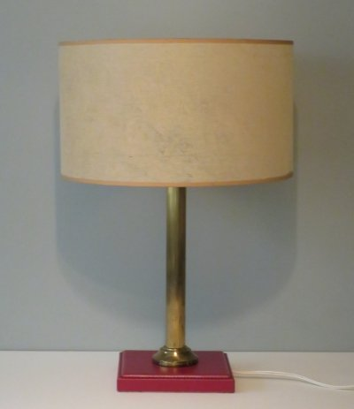 Desk lamp with red leather base, gold-plated column & very fine lampshade