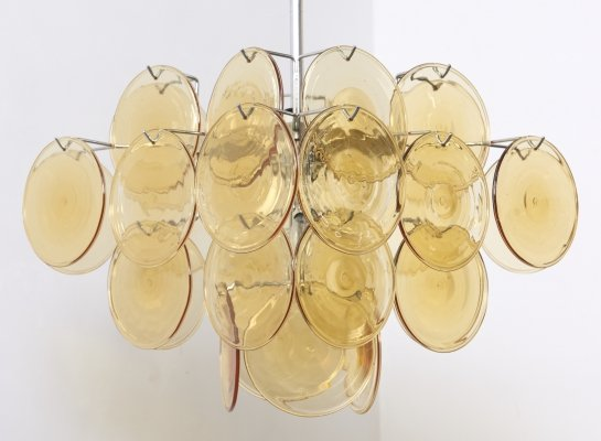 Midcentury colorful Italian chandelier by Vistosi with four tiers of 32 Discs