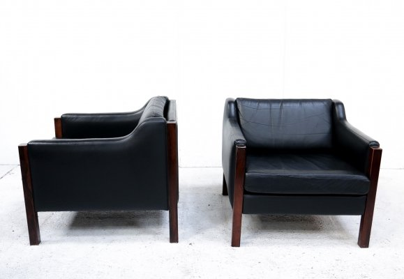 Black leather Gelderland armchairs, 1960s
