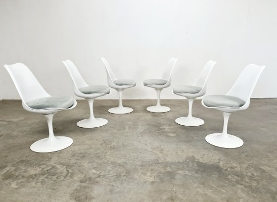 Set of 6 signed Tulip chairs by Eero Saarinen for Knoll