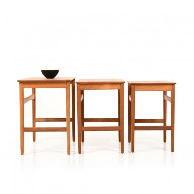 Early Nesting Tables AT-40 by Hans J. Wegner for Andreas Tuck