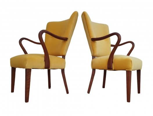 Pair of Model 32 arm chairs by Alfred Christensen for Slagelse Møbelværk, 1950s
