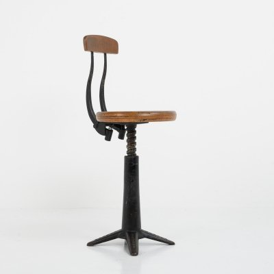 Original vintage 'singer' spring back factory chair, 1920s