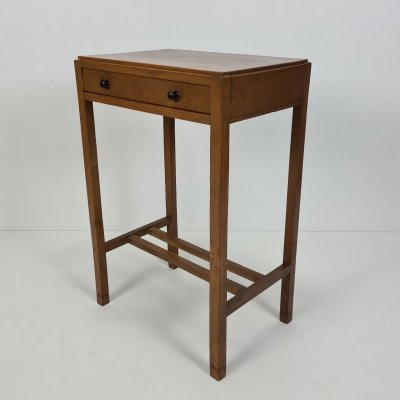 Art Deco Amsterdamse school oak side table with drawer