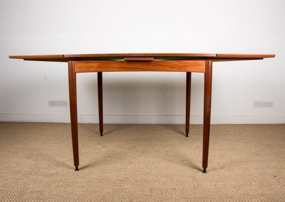 Extendable & reversible Danish teak Model 28 table by Poul Hundevad