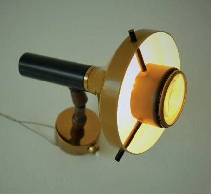 Model 533 wall lamp by Oscar Torlasco for Lumi, 1960s