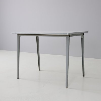 Friso Kramer 'Reform' dining table by Ahrend de Cirkel, 1964