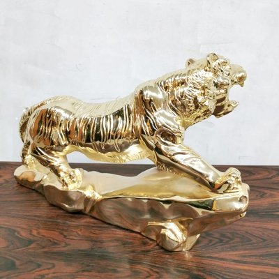 'Golden' tiger statue, 1980s